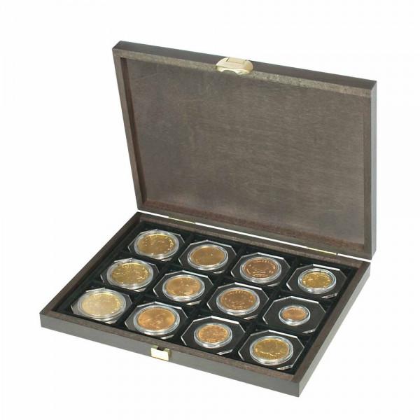 Echtholzkassette CARUS XM mit 12 quadratischen Fächern für Münzen/Münzkapseln bis Außen-ø 52 mm
