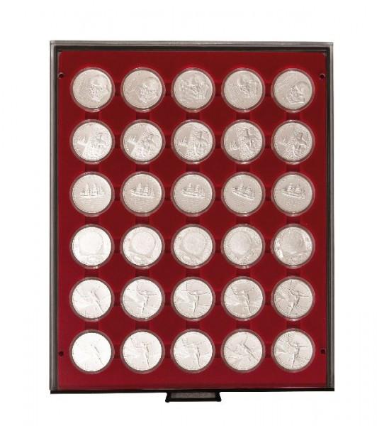 Velourseinlage, dunkelrot, mit 30 runden Vertiefungen für Münzkapseln mit Außen-ø39,5 mm, z.B. für deutsche 20 Euro-/10 Euro-Silbermünzen in LINDNER Münzkapseln