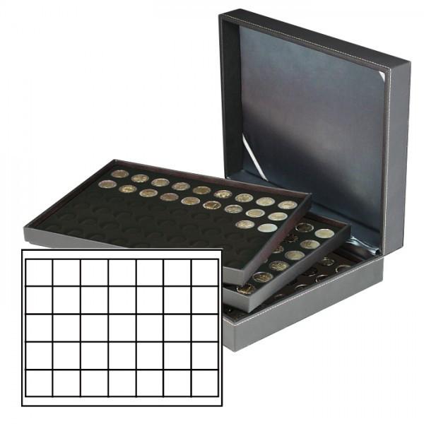 Münzkassette NERA XL mit 3 Tableaus und schwarzen Münzeinlagen mit 105 quadratischen Fächern für Münzen/Münzkapseln bis ø 36 mm